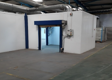 A State of the Art Spray Facility for High Volume Trim Components and Similar Products